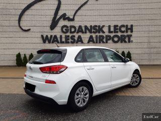 Rent a Hyundai i30 Automatic   Car Rental Gdansk    - zdjęcie nr 3